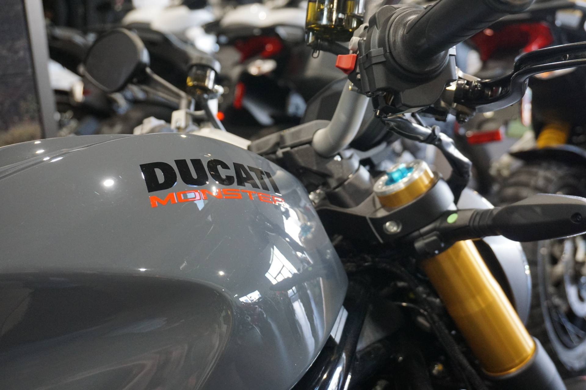 2018 Ducati MONSTER 1200S in Gaithersburg, Maryland