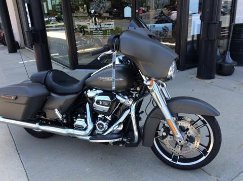 2018 Harley-Davidson Street Glide® in Frederick, Maryland - Photo 4