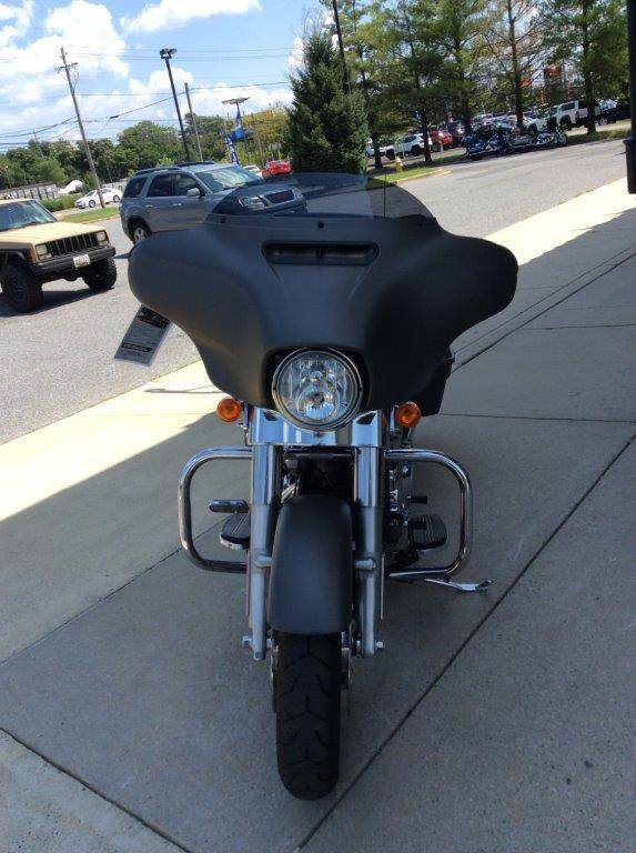 2018 Harley-Davidson Street Glide® in Frederick, Maryland - Photo 6