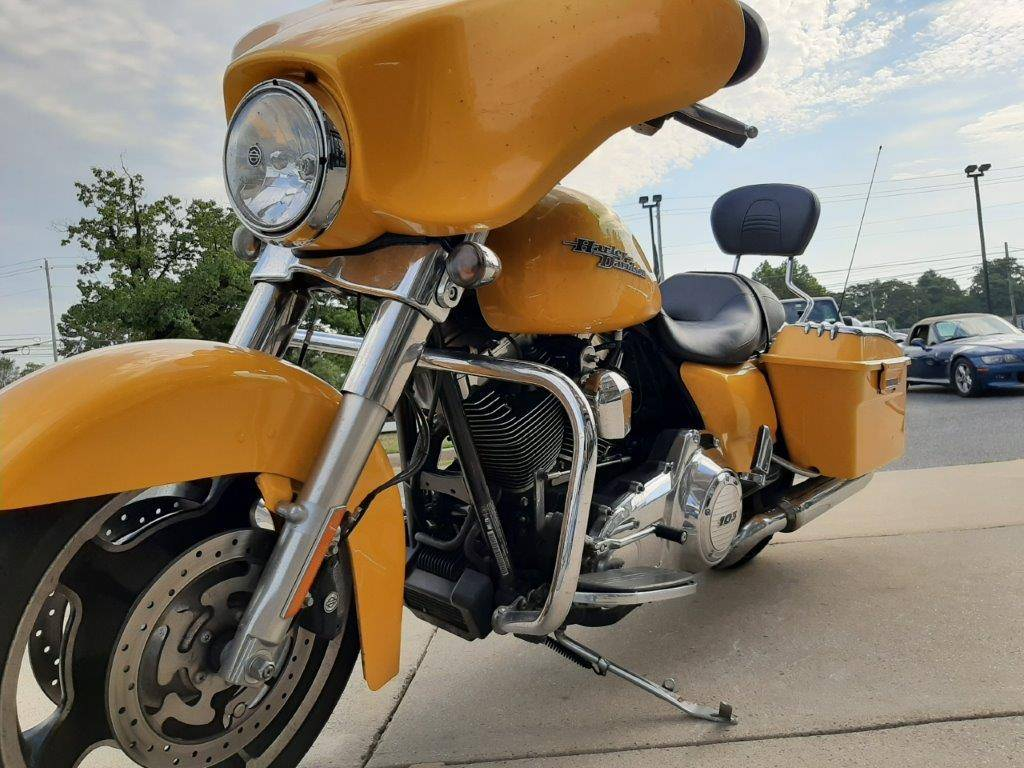 2013 Harley-Davidson Street Glide® in Frederick, Maryland - Photo 18