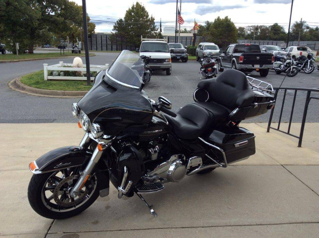 2017 Harley-Davidson Ultra Limited in Frederick, Maryland - Photo 3