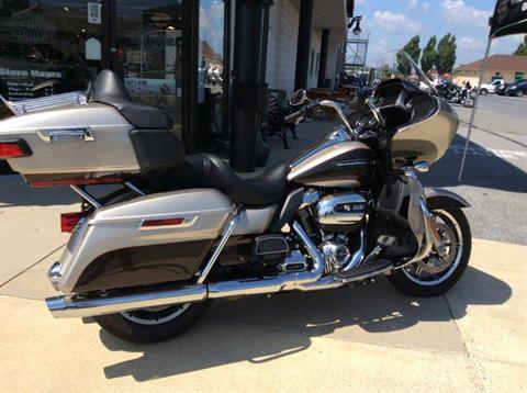 2018 Harley-Davidson Road Glide® Ultra in Frederick, Maryland - Photo 4