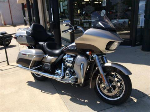 2018 Harley-Davidson Road Glide® Ultra in Frederick, Maryland - Photo 5