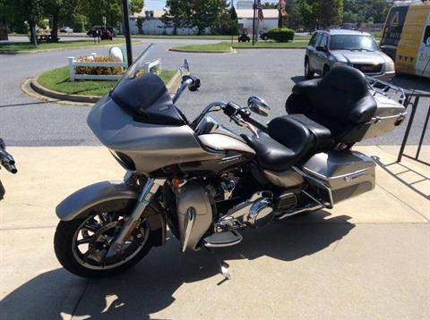 2018 Harley-Davidson Road Glide® Ultra in Frederick, Maryland - Photo 7