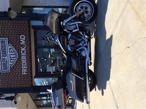 2016 Harley-Davidson Road Glide® Ultra in Frederick, Maryland - Photo 4