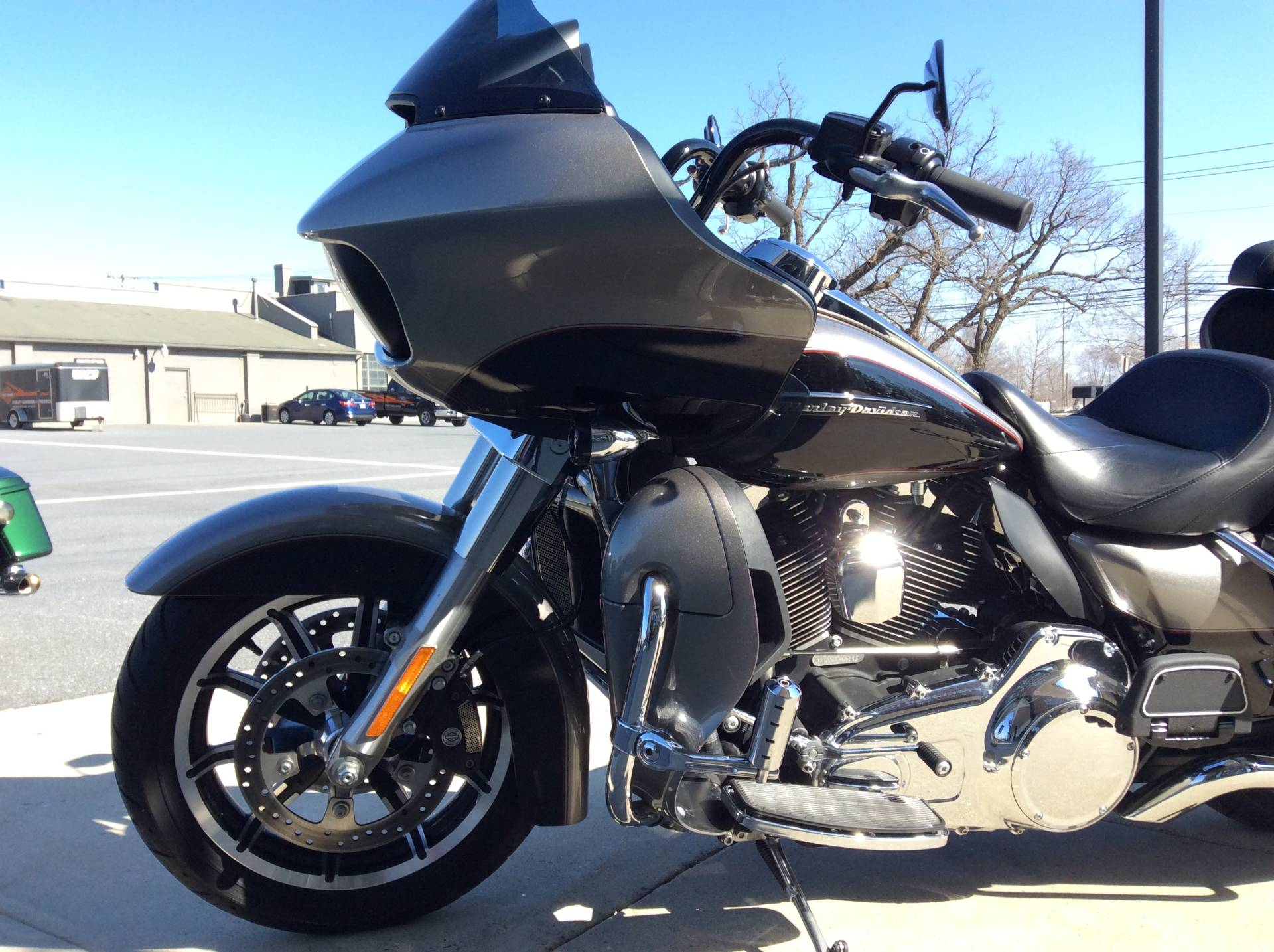 2016 Harley-Davidson Road Glide® Ultra in Frederick, Maryland - Photo 10
