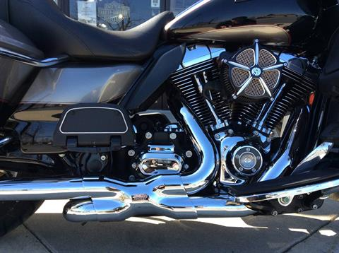 2016 Harley-Davidson Road Glide® Ultra in Frederick, Maryland - Photo 14