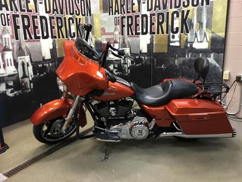 2011 Harley-Davidson Street Glide® in Frederick, Maryland - Photo 2