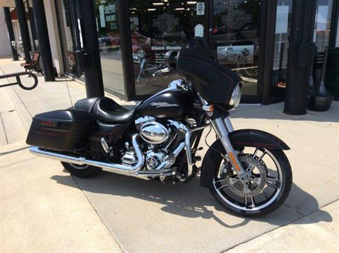 2016 Harley-Davidson Street Glide® Special in Frederick, Maryland - Photo 3