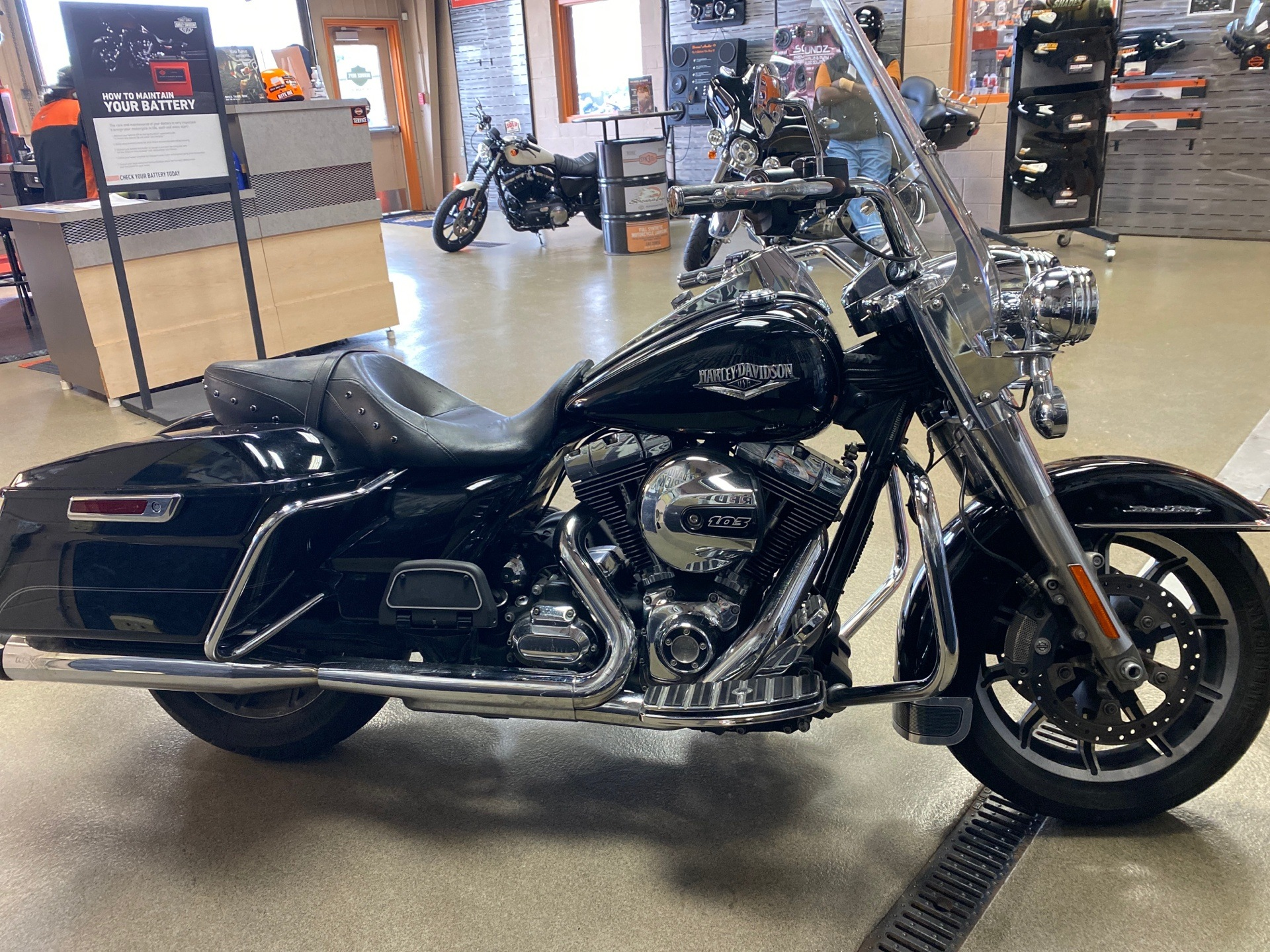 2014 Harley-Davidson Road King® in Frederick, Maryland - Photo 5