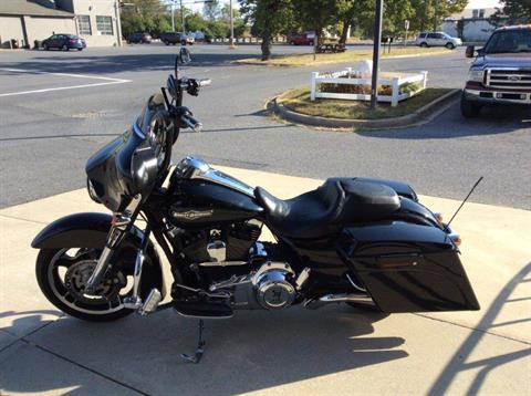 2013 Harley-Davidson Street Glide® in Frederick, Maryland - Photo 8