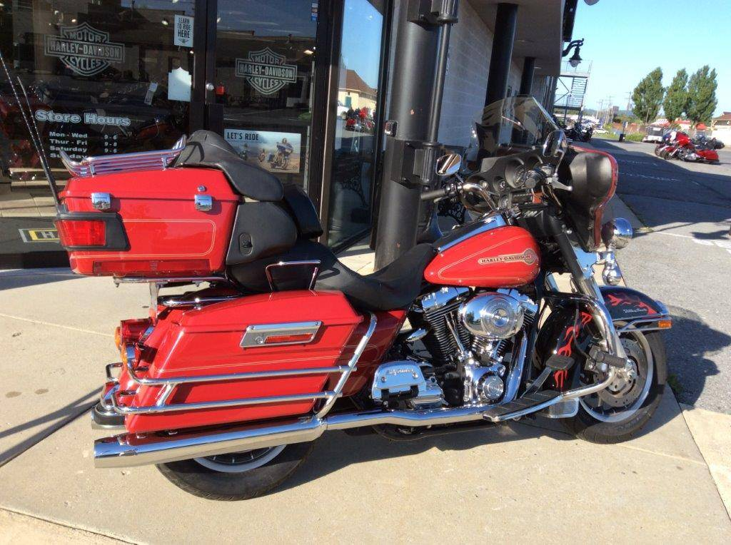 2005 Harley-Davidson FLHTCUI Ultra Classic® Electra Glide® in Frederick, Maryland - Photo 5