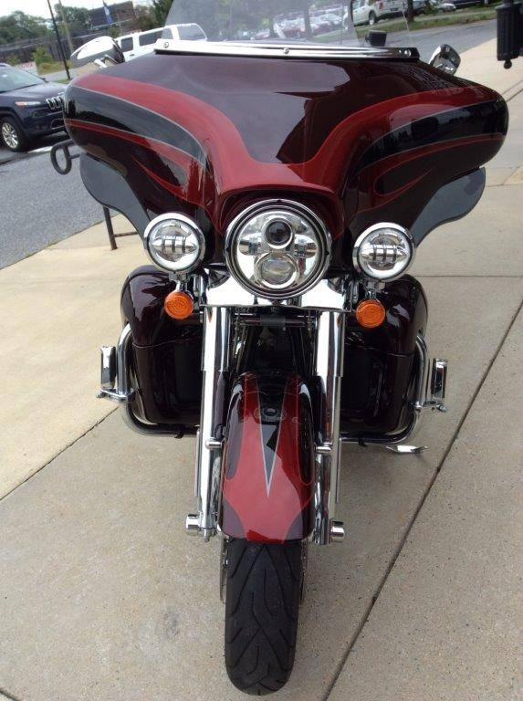 2013 Harley-Davidson CVO™ Ultra Classic® Electra Glide® in Frederick, Maryland - Photo 8