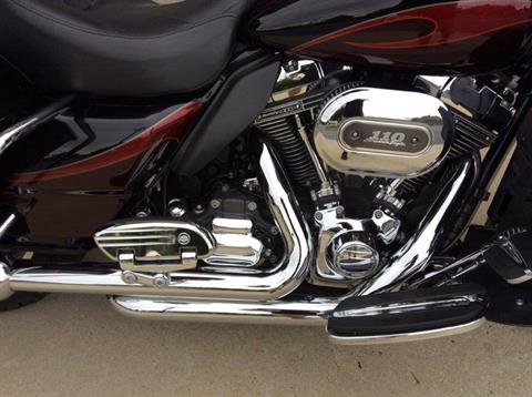 2013 Harley-Davidson CVO™ Ultra Classic® Electra Glide® in Frederick, Maryland - Photo 10