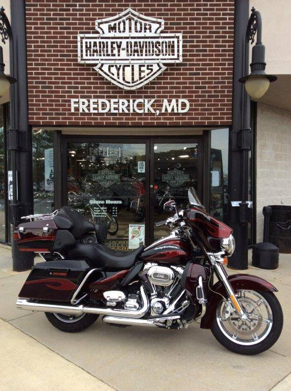2013 Harley-Davidson CVO™ Ultra Classic® Electra Glide® in Frederick, Maryland - Photo 1