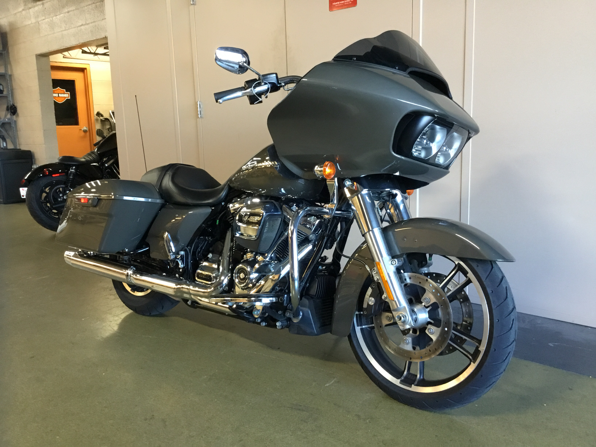 2019 Harley-Davidson Road Glide® in Frederick, Maryland - Photo 5
