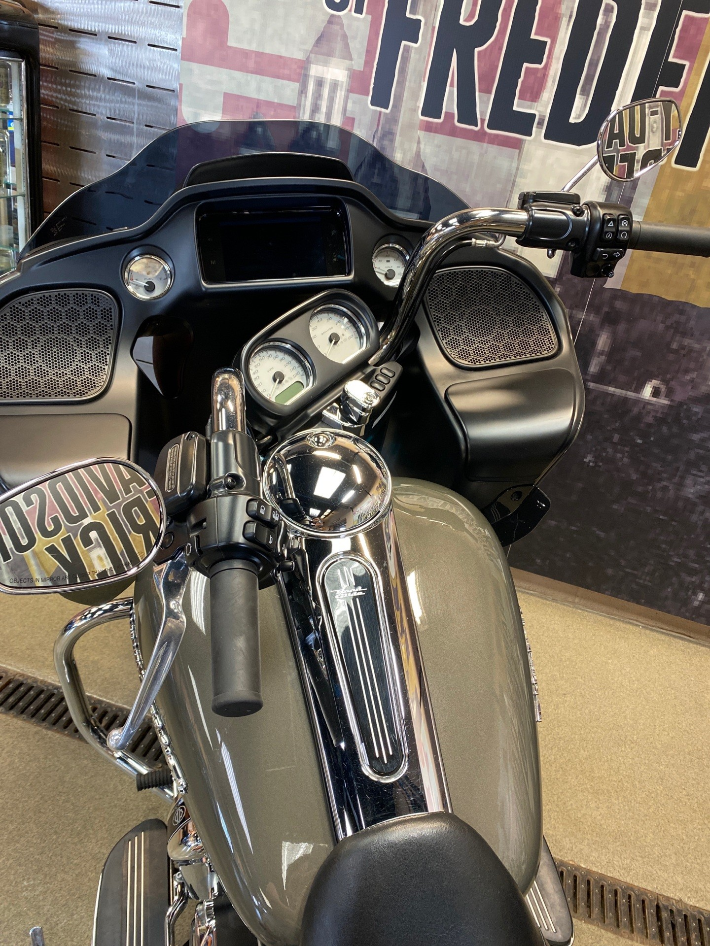 2019 Harley-Davidson Road Glide® in Frederick, Maryland - Photo 3