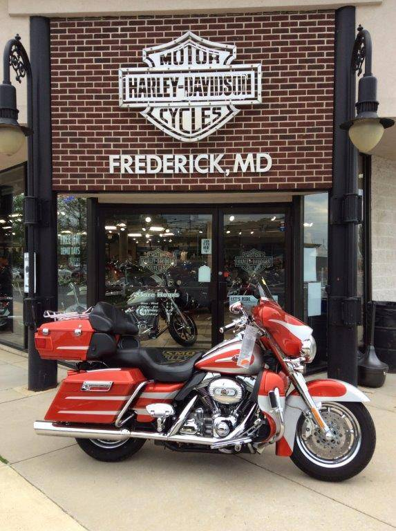 2008 Harley-Davidson CVO™ Screamin' Eagle® Ultra Classic® Electra Glide® in Frederick, Maryland - Photo 1