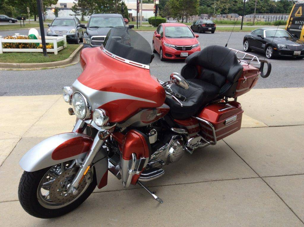 2008 Harley-Davidson CVO™ Screamin' Eagle® Ultra Classic® Electra Glide® in Frederick, Maryland - Photo 6