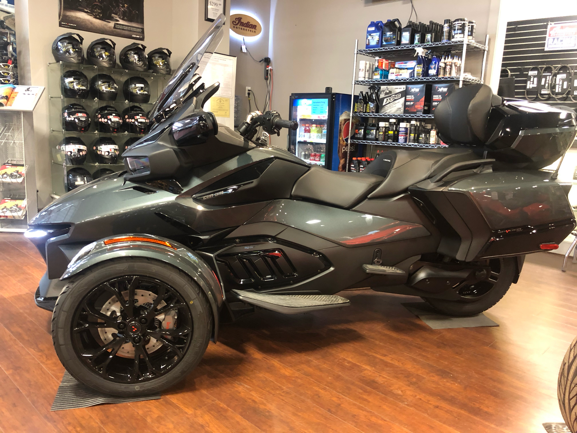 2021 Can-Am Spyder RT Limited in Chesapeake, Virginia - Photo 1