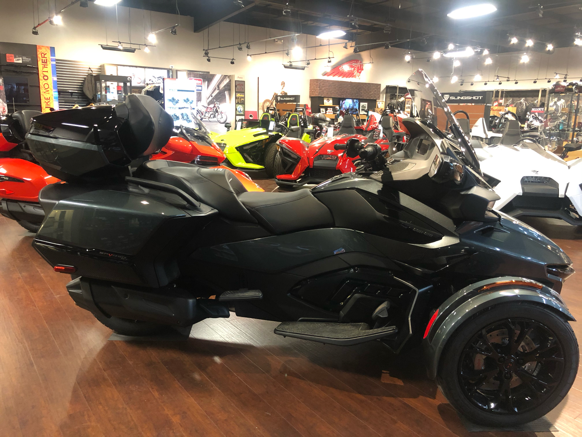2021 Can-Am Spyder RT Limited in Chesapeake, Virginia - Photo 2