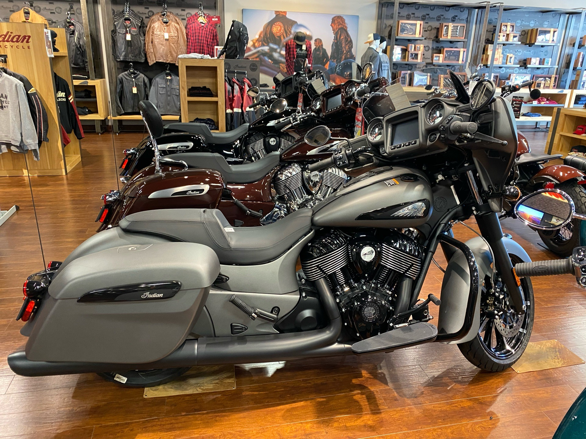 2020 Indian Chieftain® Dark Horse® in Chesapeake, Virginia - Photo 2