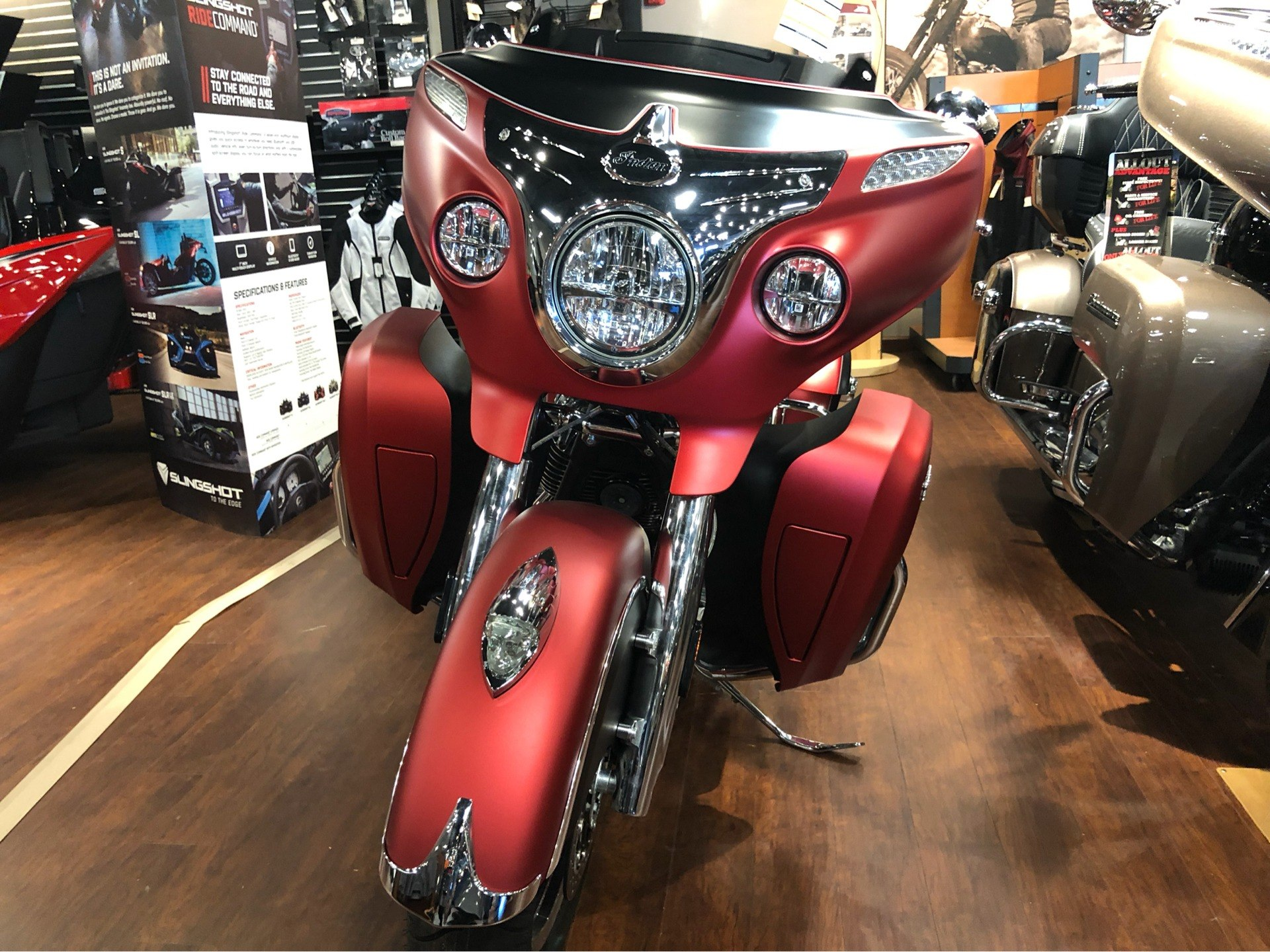 2019 Indian Roadmaster Icon Series Ruby Smoke Thunder Black History Of Motorcycle Engine Heat Control And Liquid Cooling In Chesapeake Virginia