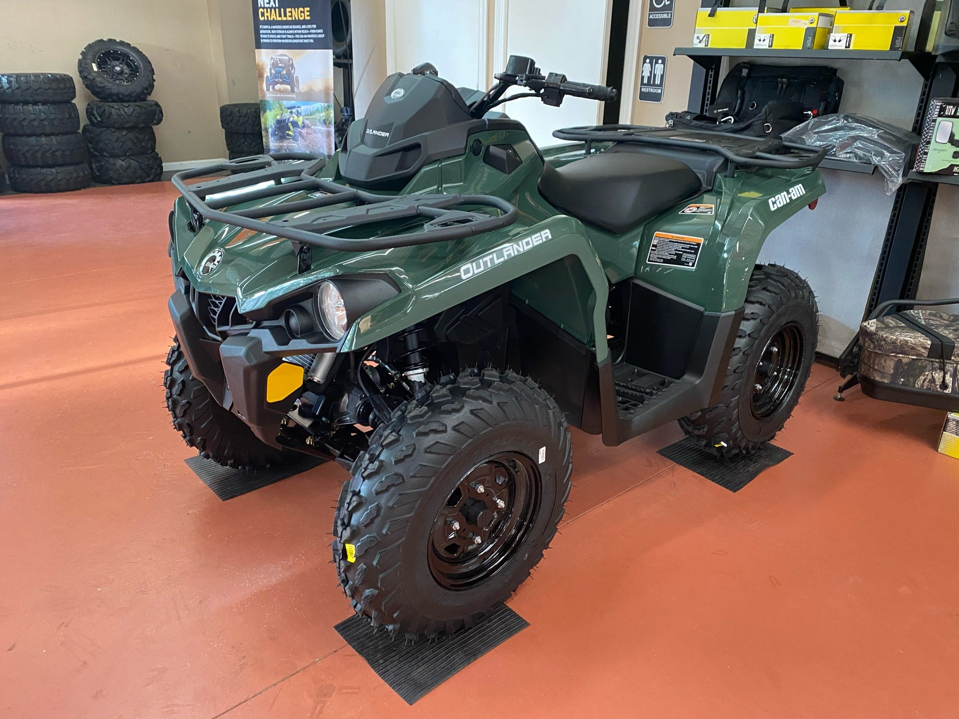 2021 Can-Am Outlander 450 in Chesapeake, Virginia - Photo 3
