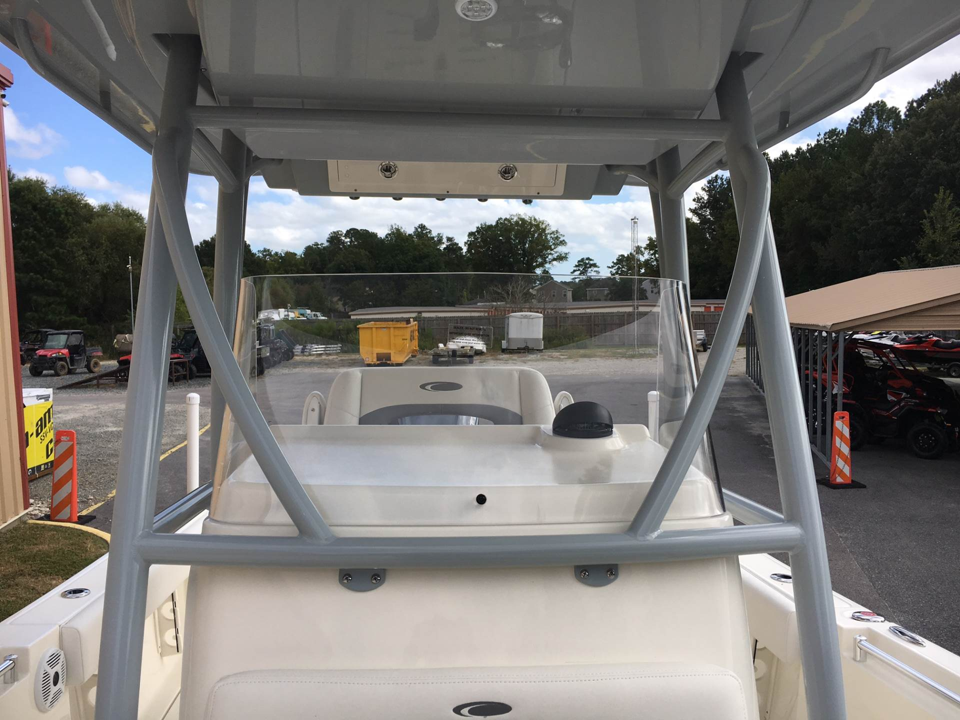 2018 Cobia 237 CENTER CONSOLE in Chesapeake, Virginia