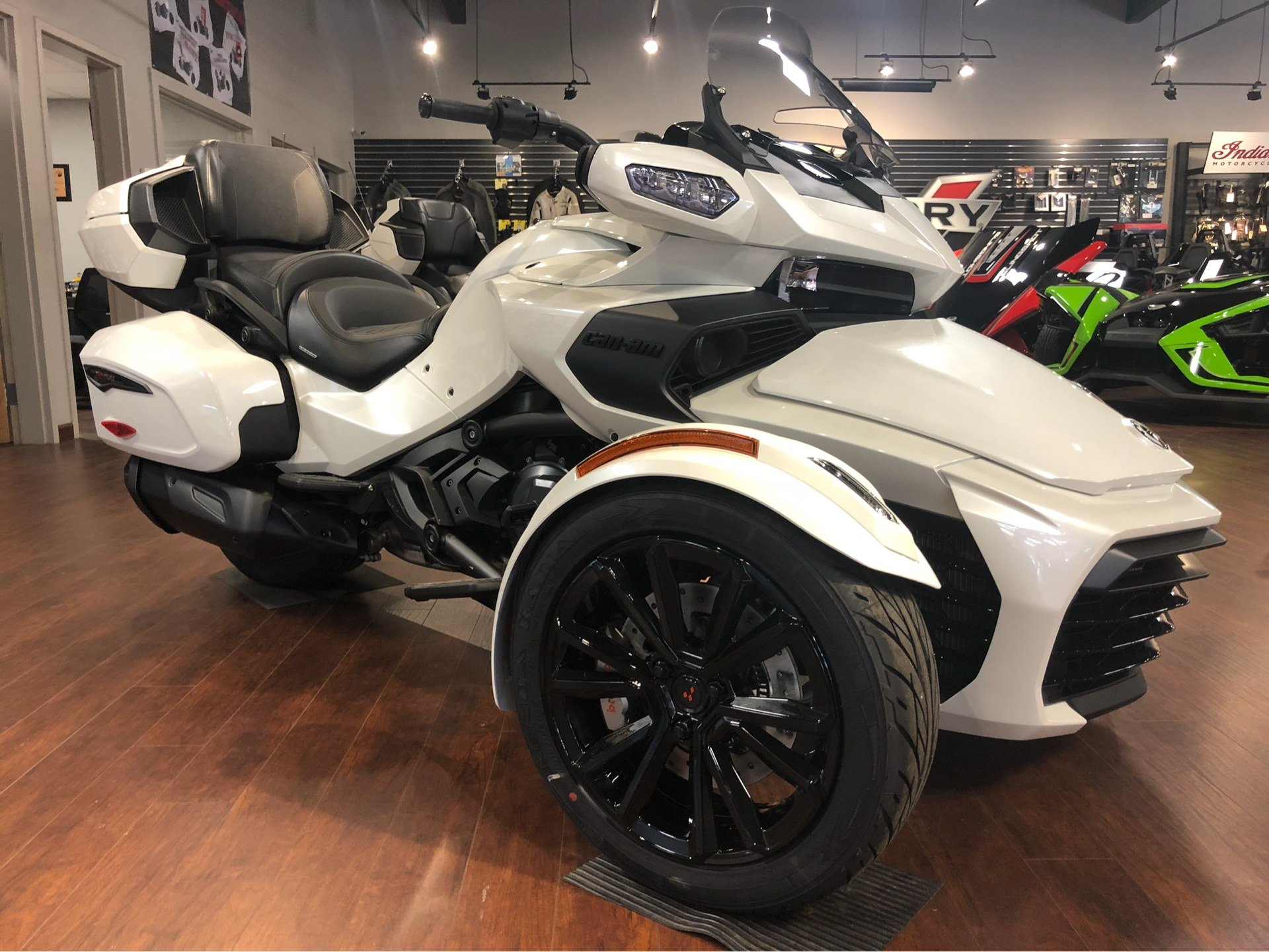 2018 Can-Am™ Spyder F3 Limited 2