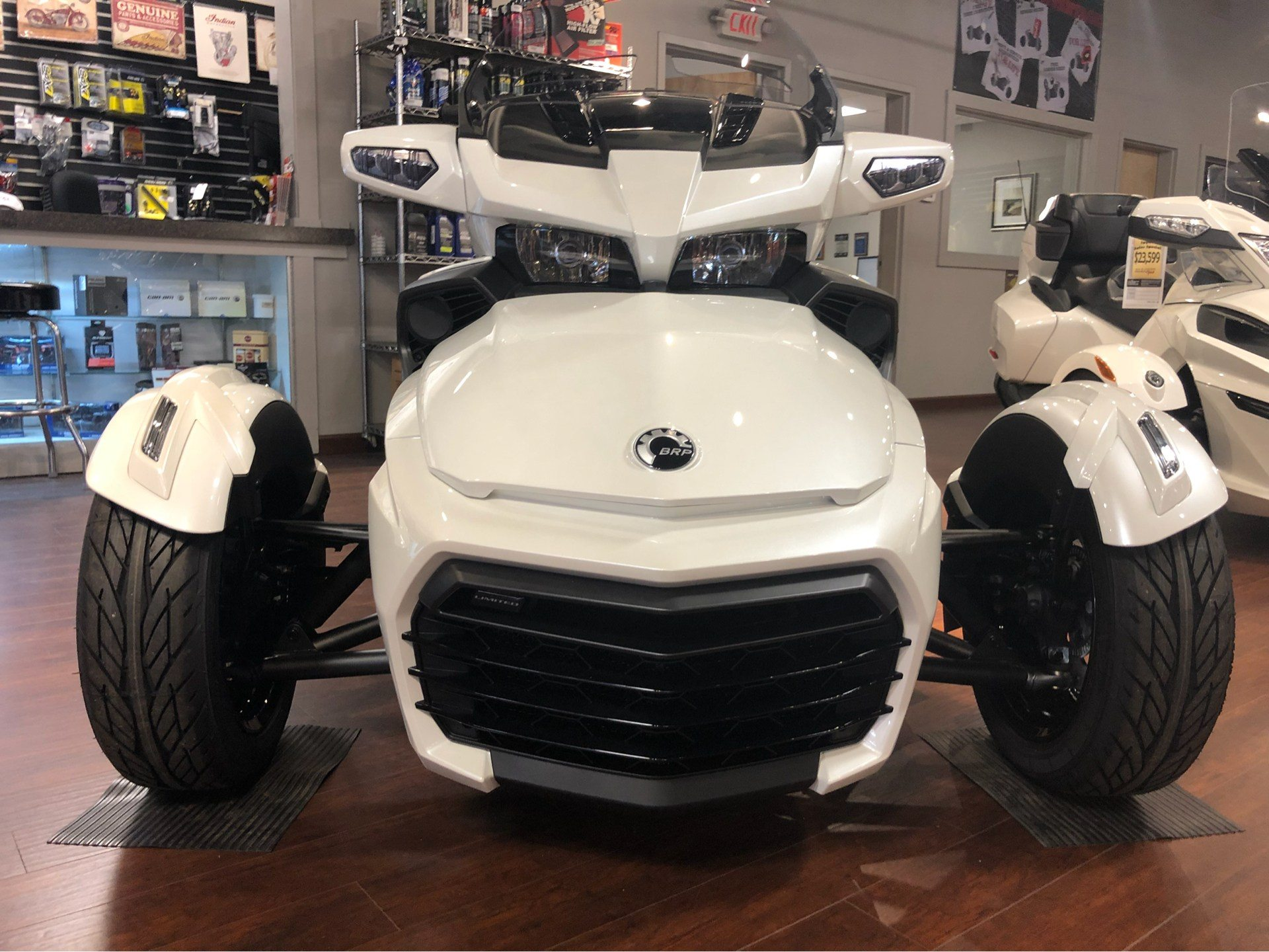 2018 Can-Am™ Spyder F3 Limited 3