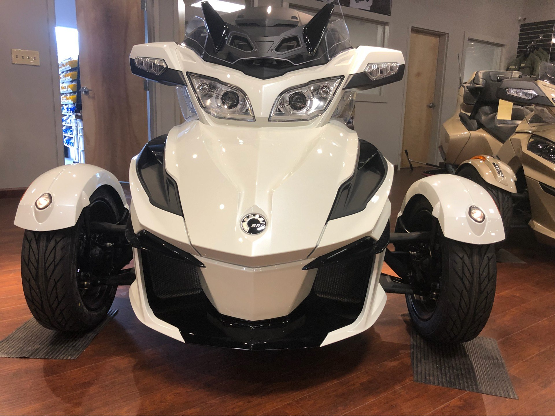 2018 Can-Am Spyder RT SE6 in Chesapeake, Virginia - Photo 3