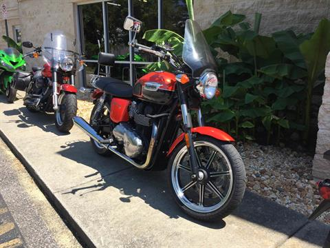 2011 Triumph Bonneville SE in Chesapeake, Virginia