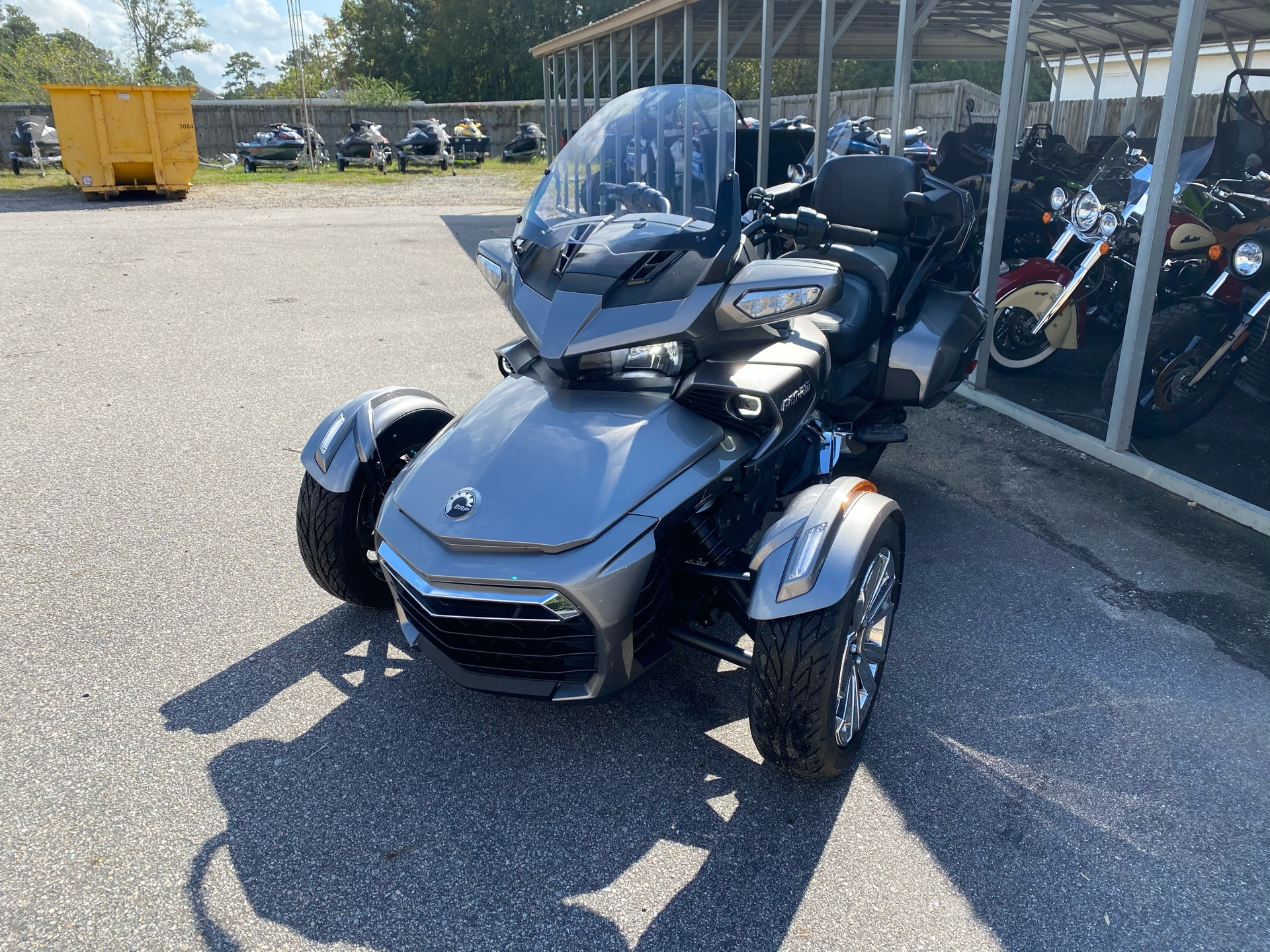 2017 Can-Am Spyder F3 Limited in Chesapeake, Virginia - Photo 5