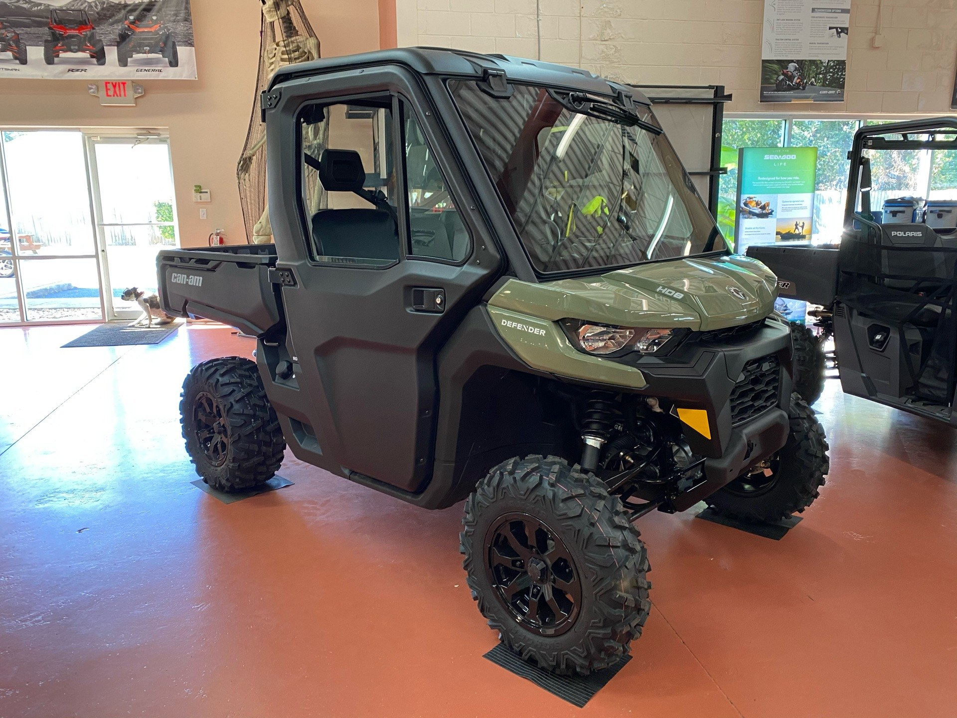 2021 Can-Am Defender DPS CAB HD8 in Chesapeake, Virginia - Photo 1