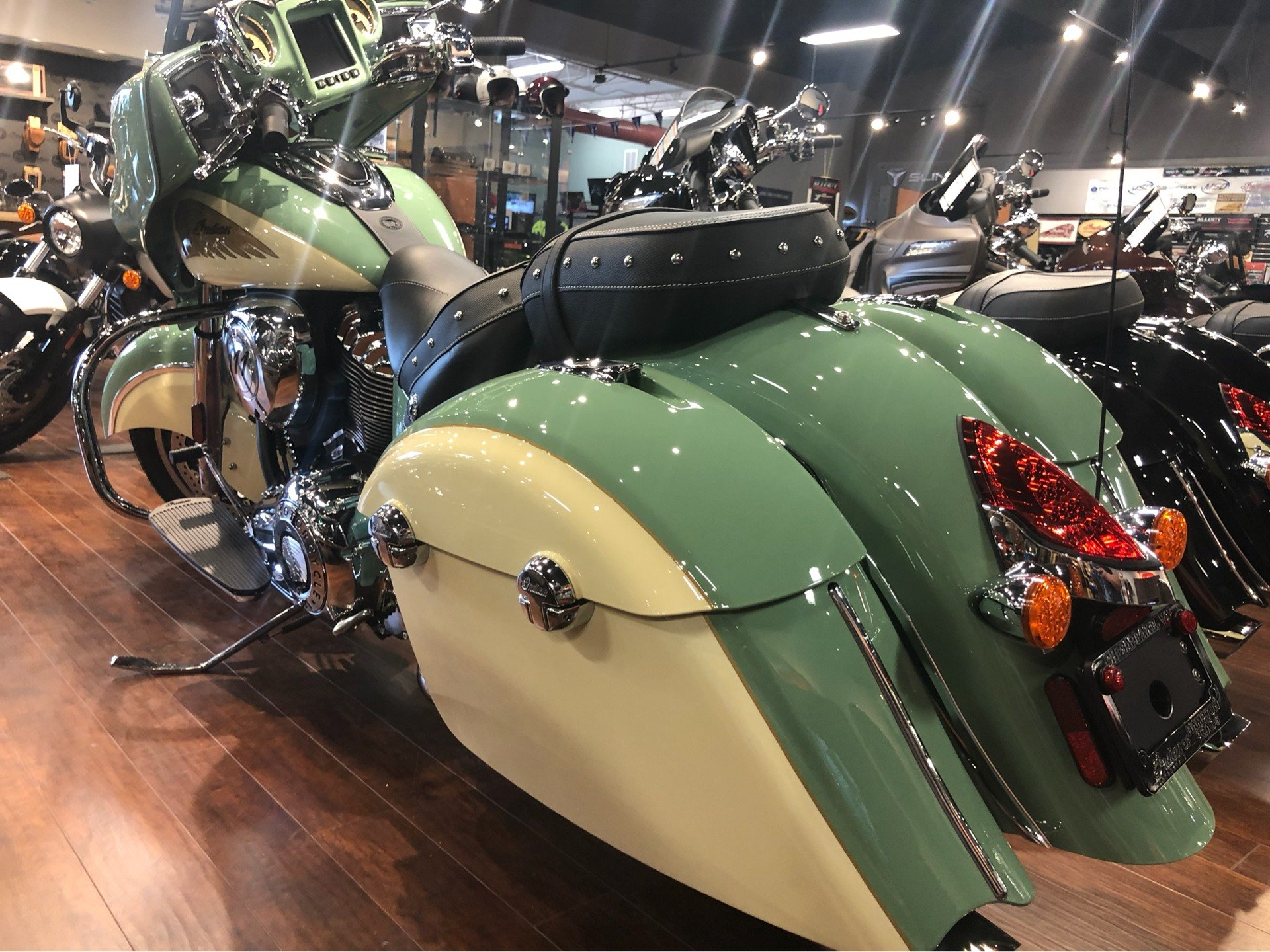 2019 Indian Chieftain® Classic Icon Series in Chesapeake, Virginia - Photo 5