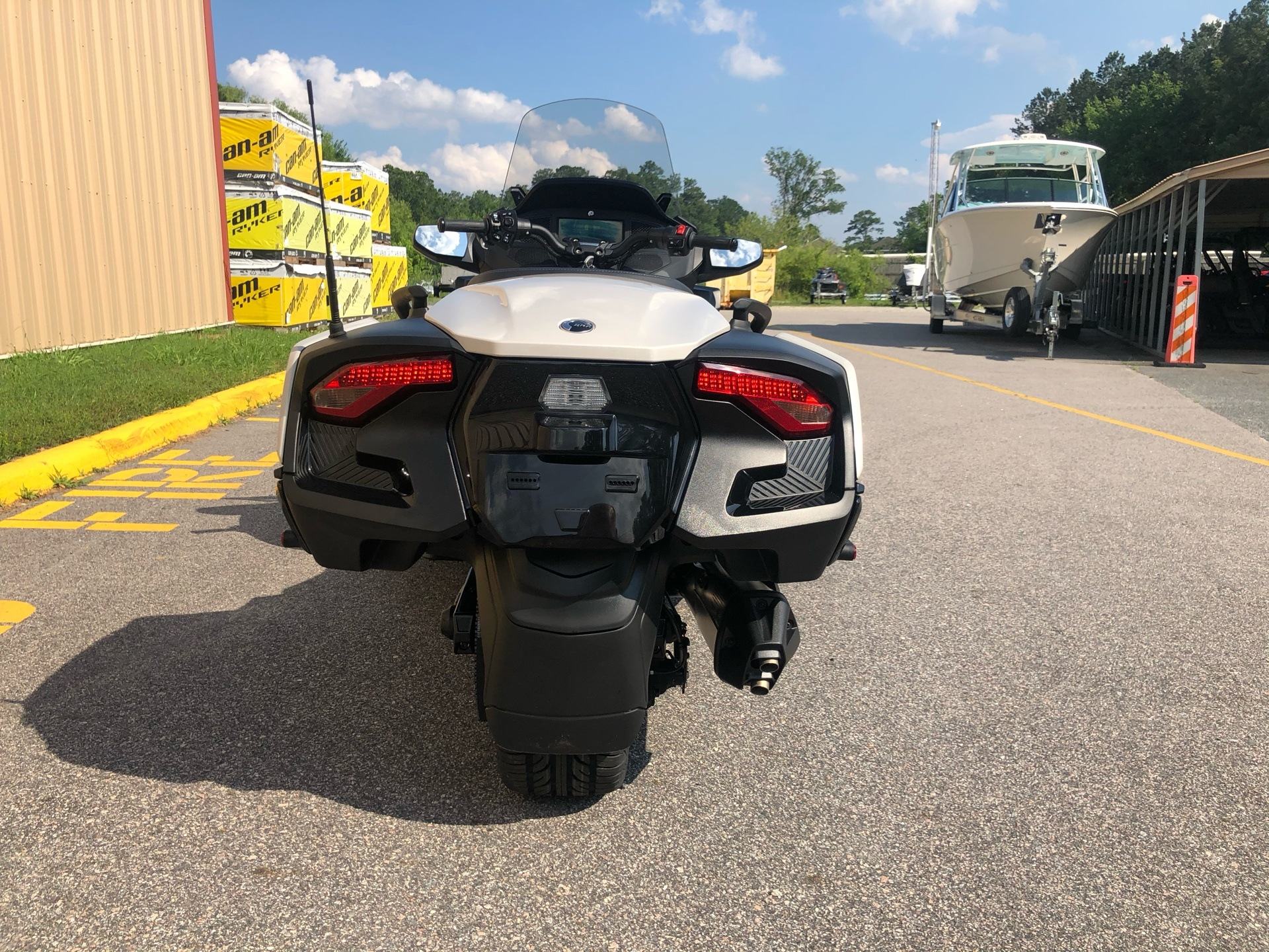 2020 Can-Am Spyder RT in Chesapeake, Virginia - Photo 8