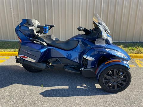 2017 Can-Am Spyder RT-S in Chesapeake, Virginia - Photo 1