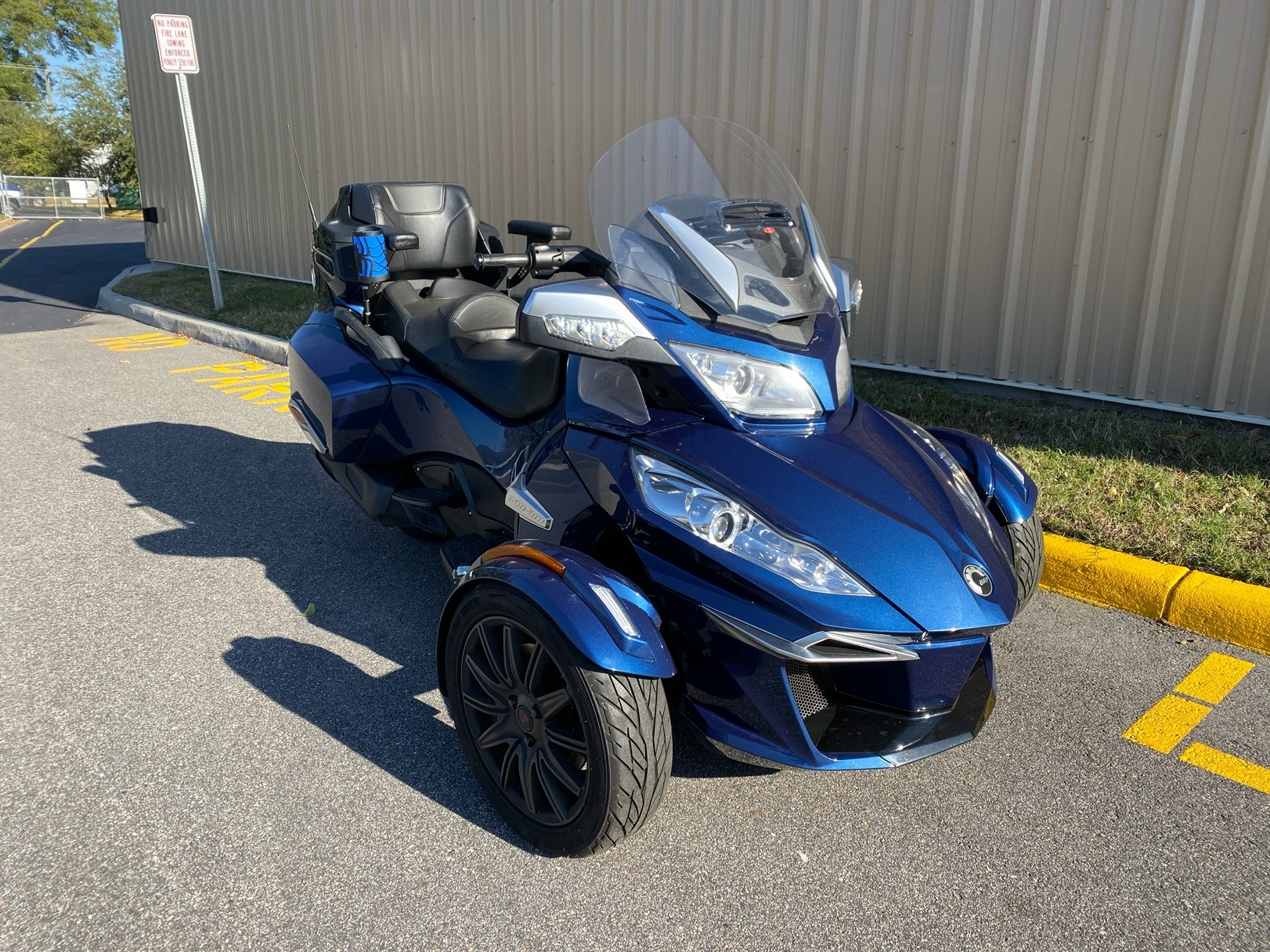 2017 Can-Am Spyder RT-S in Chesapeake, Virginia - Photo 2