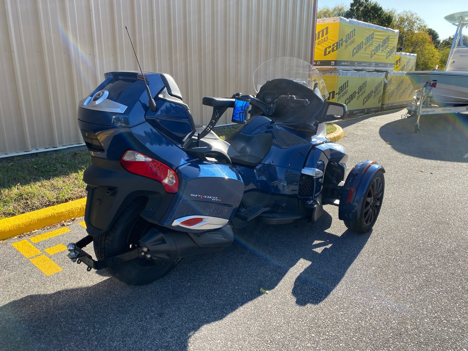 2017 Can-Am Spyder RT-S in Chesapeake, Virginia - Photo 3
