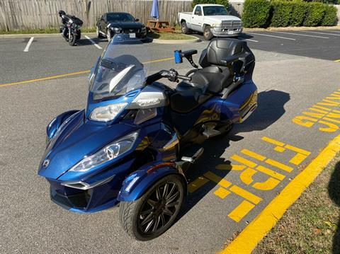 2017 Can-Am Spyder RT-S in Chesapeake, Virginia - Photo 5