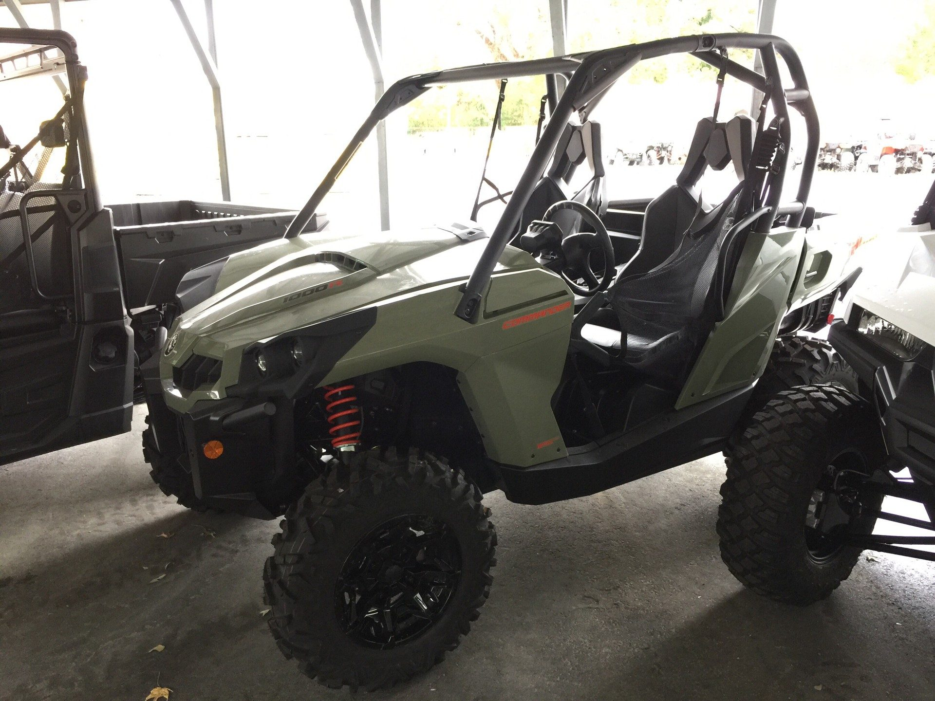2019 Can-Am Commander DPS 1000R in Chesapeake, Virginia