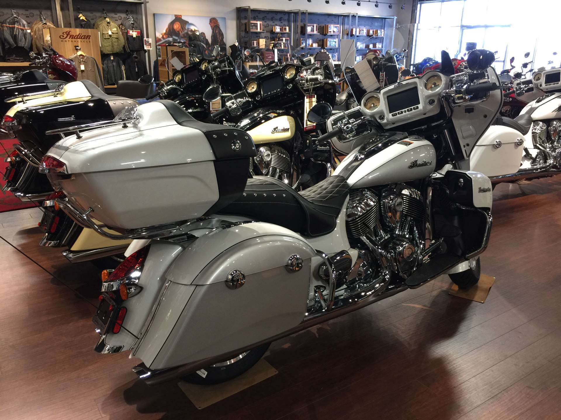 2018 Indian Roadmaster® ABS in Chesapeake, Virginia - Photo 3