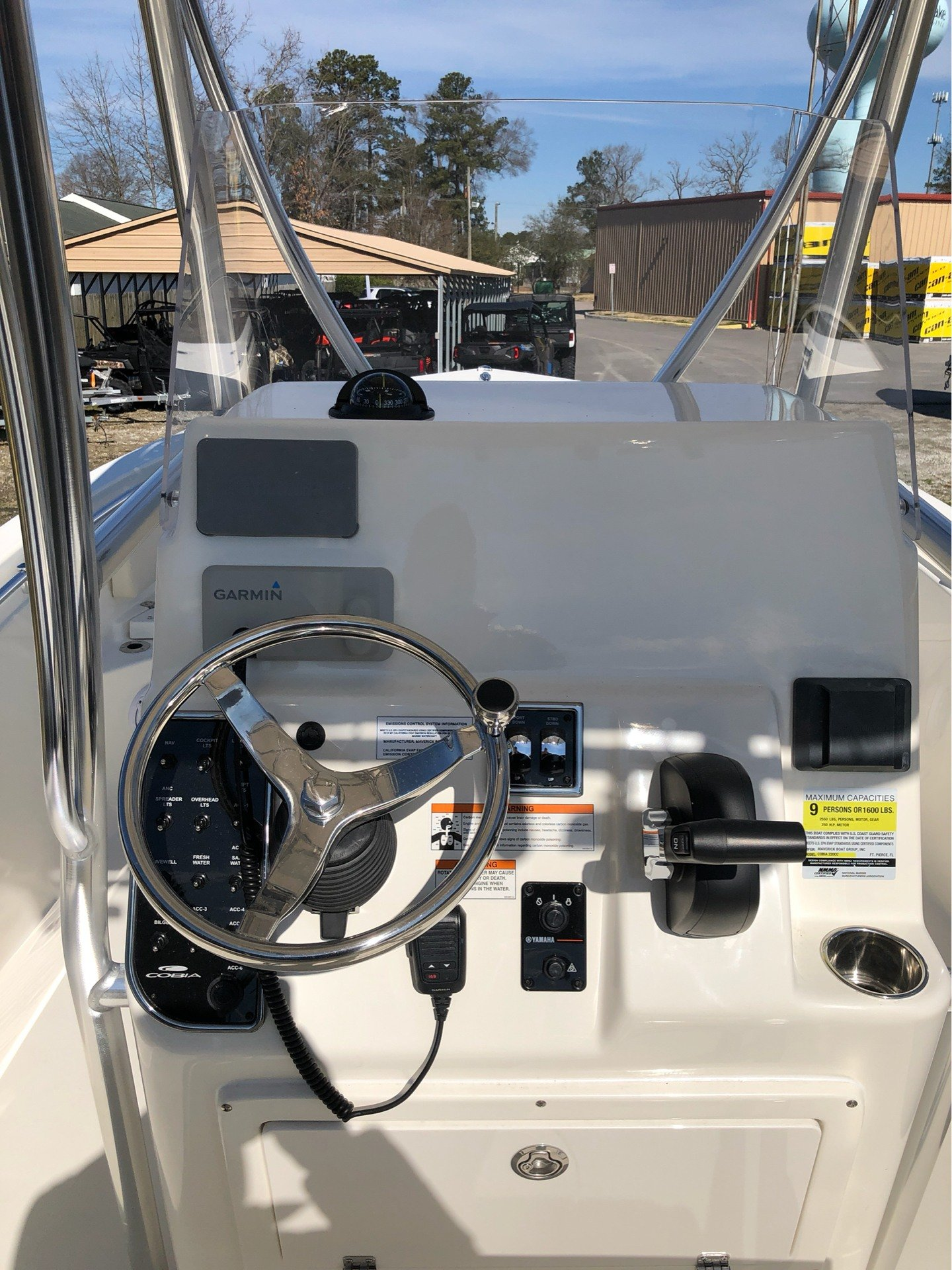 2019 Cobia 220 Center Console in Chesapeake, Virginia - Photo 6