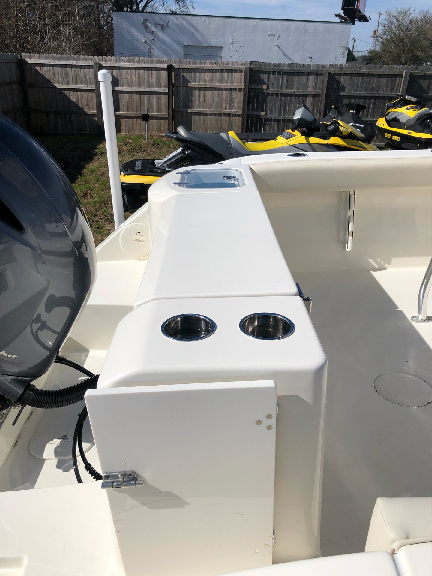2019 Cobia 220 Center Console in Chesapeake, Virginia - Photo 16
