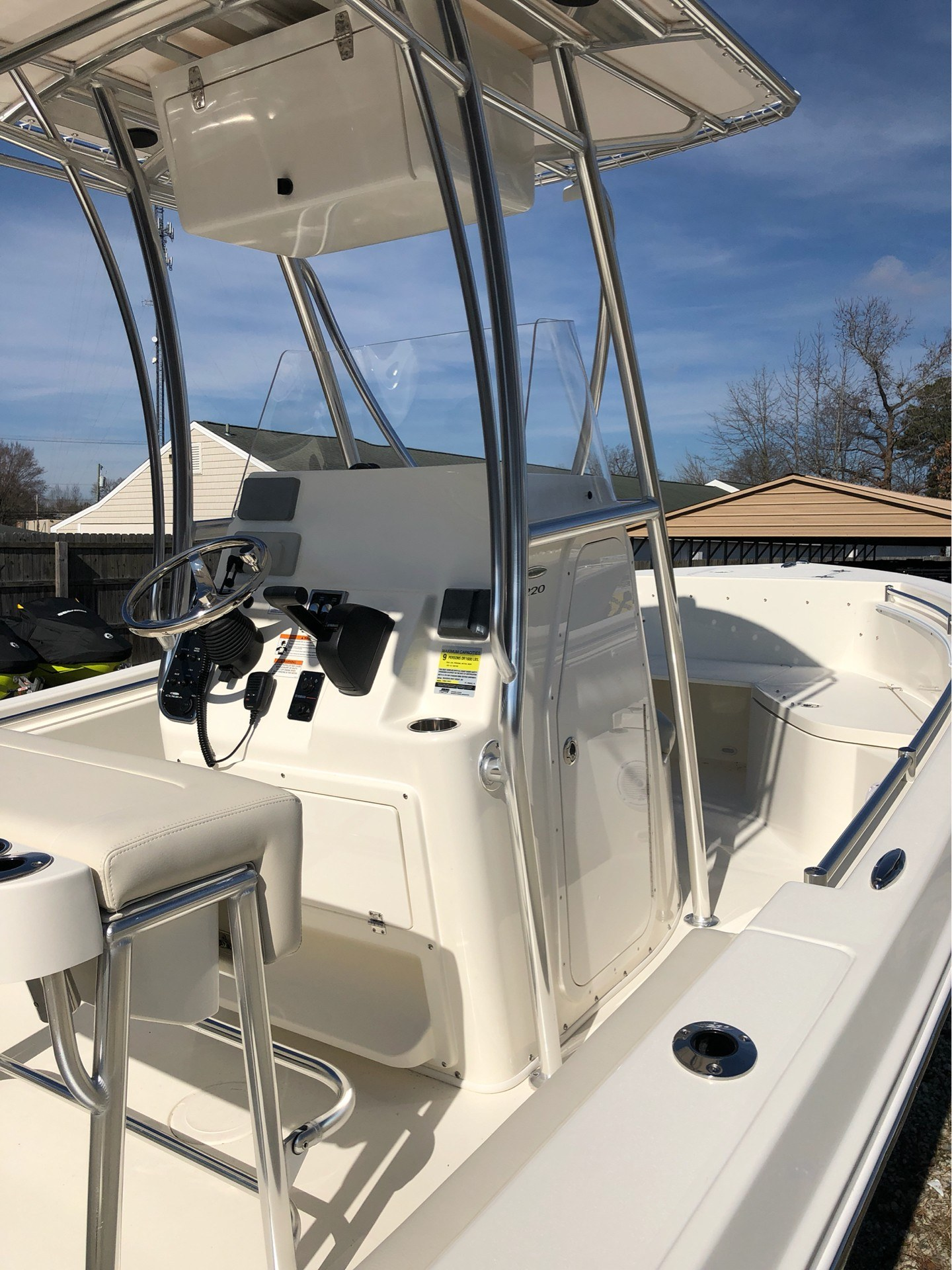 2019 Cobia 220 Center Console in Chesapeake, Virginia - Photo 17