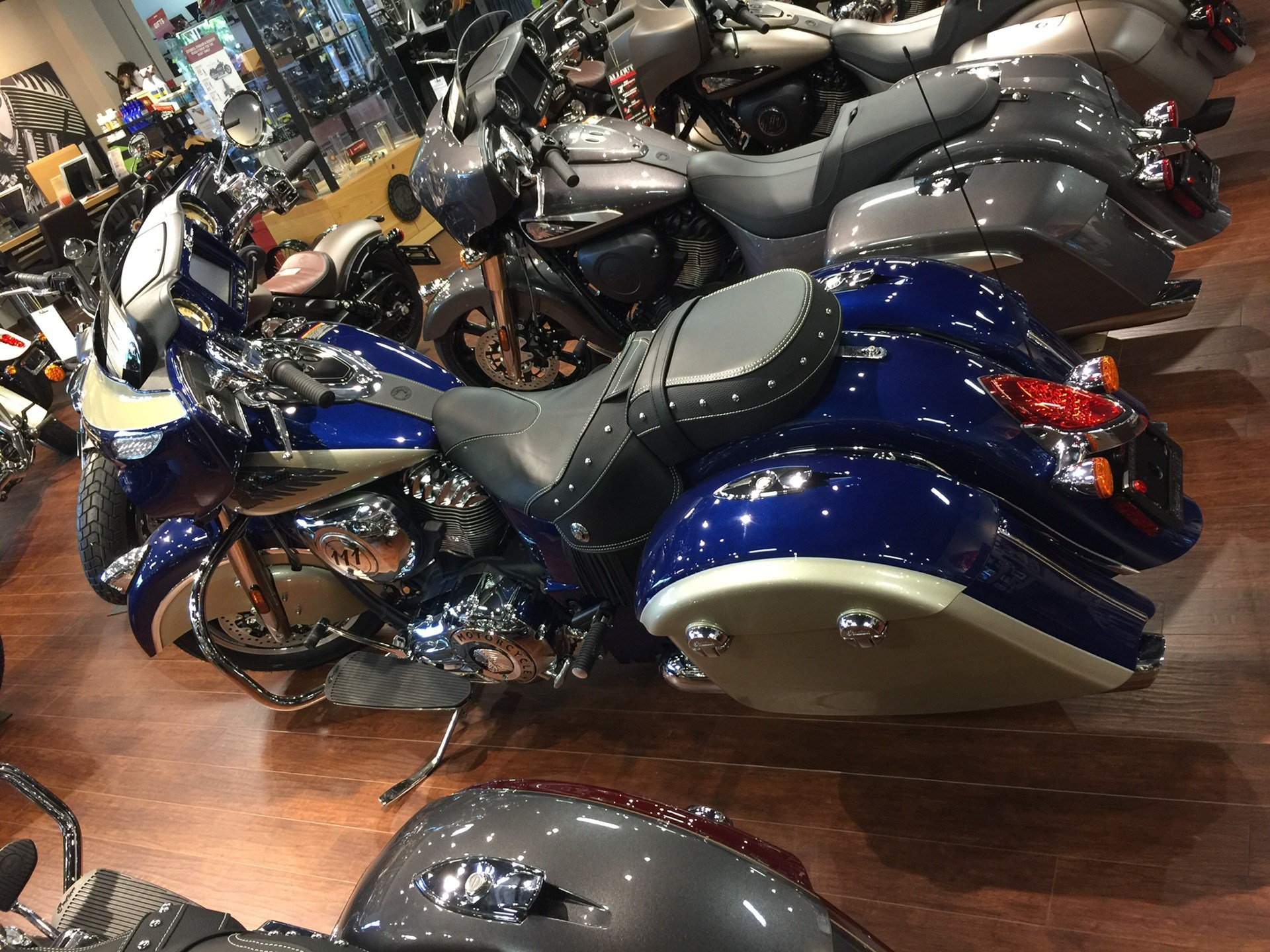 2019 Indian Chieftain® Classic ABS in Chesapeake, Virginia - Photo 3