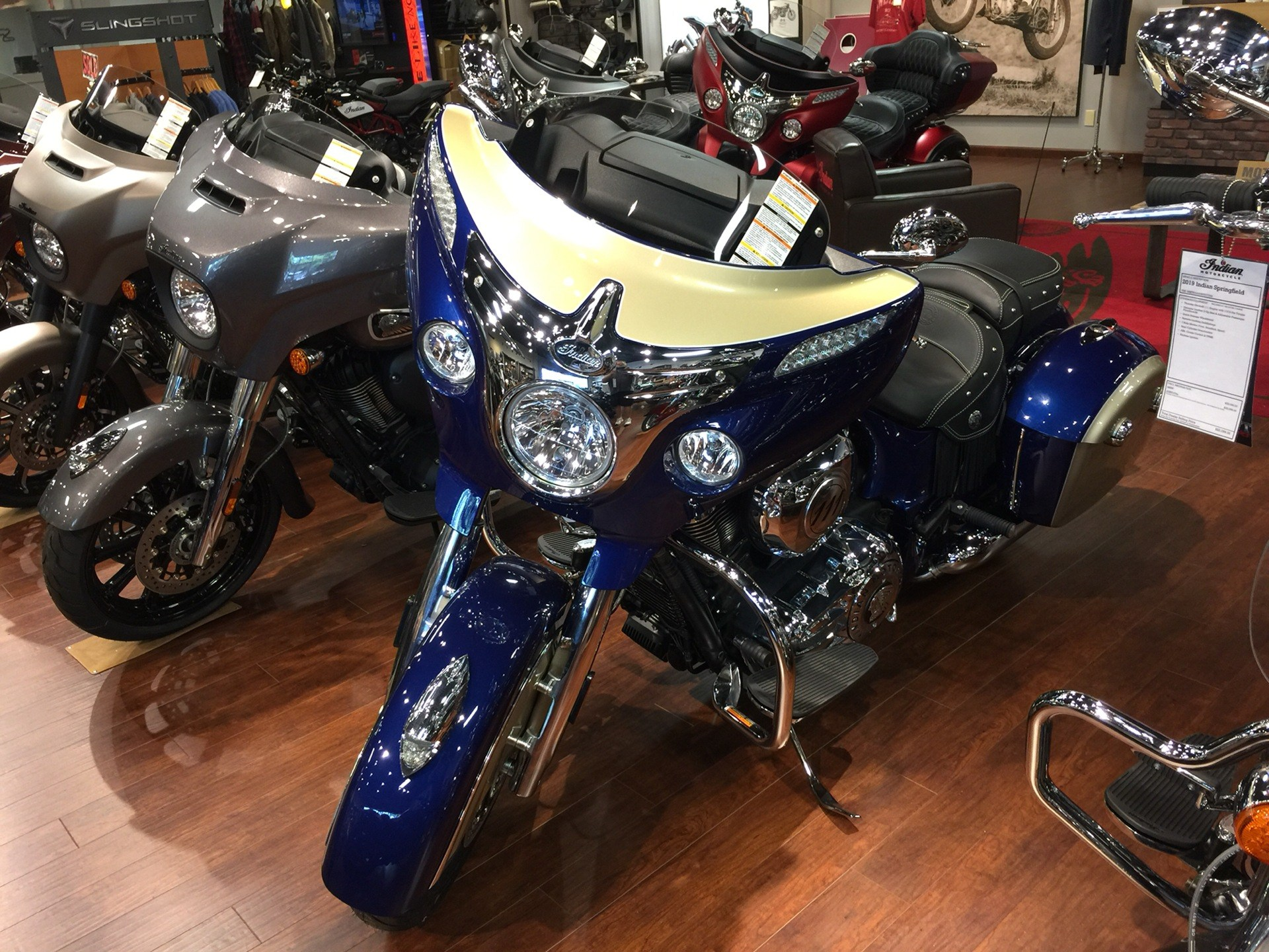 2019 Indian Chieftain® Classic ABS in Chesapeake, Virginia - Photo 4
