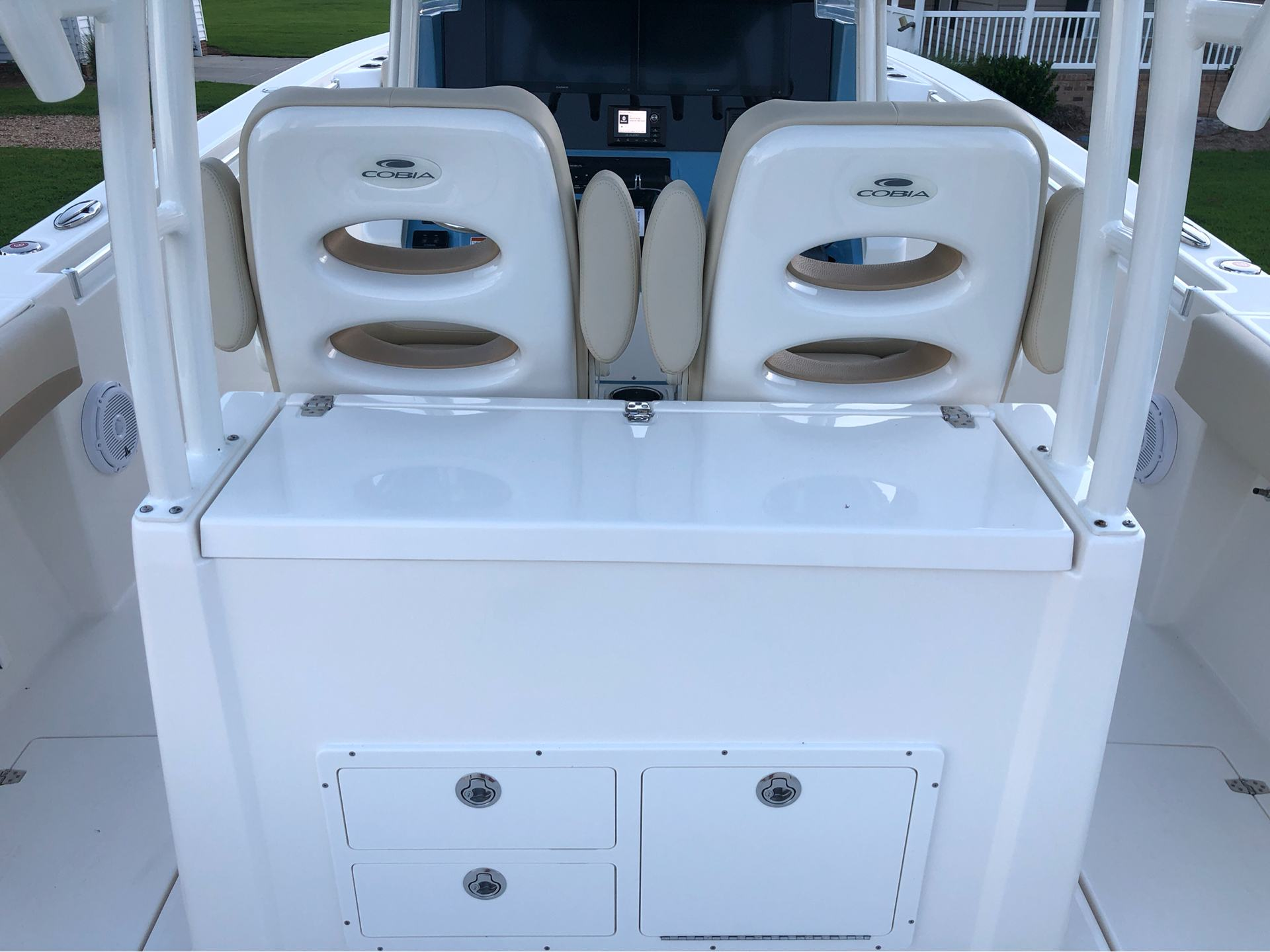 2020 Cobia 320CC in Chesapeake, Virginia - Photo 12