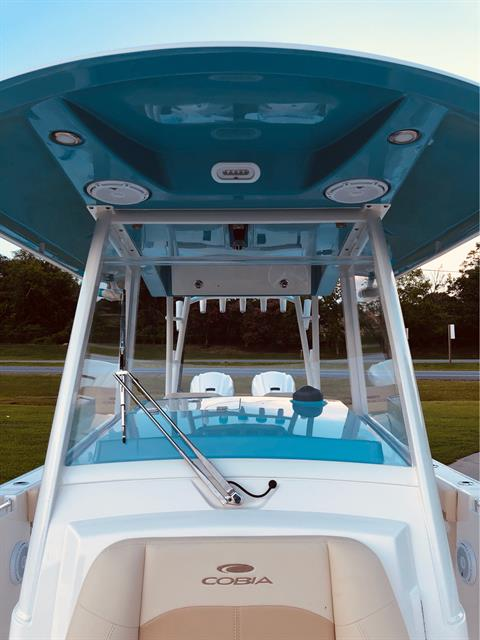 2020 Cobia 320CC in Chesapeake, Virginia - Photo 17